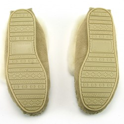 DB10-bg-soles-bottom