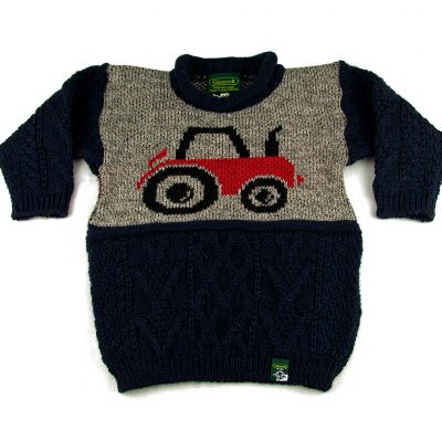 PE15-kids-tractor-front-fold-arms